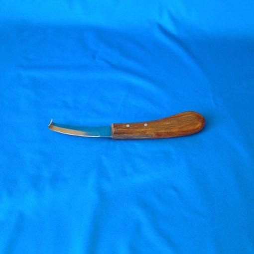 Нож копытный обоюдоострый с деревянной ручкой